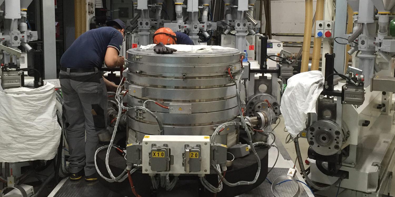 Assistenza e manutenzione macchine plastica
